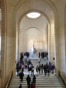 Winged Victory of Samothrace - Musee du Louvre Private tour - yourtourinparis.com