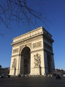 Arc de Triomphe - Private walking tour in Paris - yourtourinparis.com