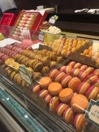 Macaron tasting - Private walking tour in Paris - yourtourinparis.com