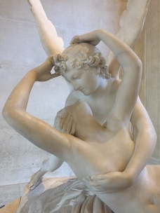 Cupid and Psyche by Canova - Musee du Louvre Private tour - yourtourinparis.com
